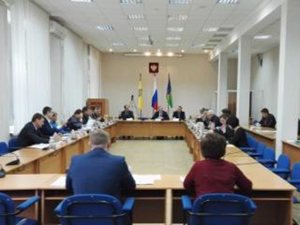 Руководитель города Заречного Олег Климанов подает вотставку